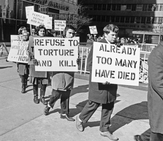Vets Protestin